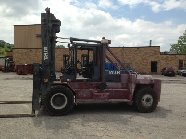 Used Taylor TH350L Forklift